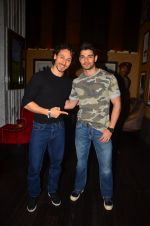 Remo D Souza, Sooraj Pancholi at The Flying Jatt premiere on 24th Aug 2016 (139)_57bff26619c5d.JPG