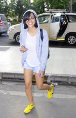 Sayani Gupta snapped in H&M hoodie, H &M Tee and NewFeel sneakers on 25th Aug 2016 (4)_57bff4ae6a3ad.JPG