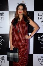Sona Mohapatra at Lakme Fashion Week 2016 Day 2 on 25th Aug 2016 (130)_57c00b5c923bb.JPG