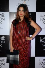 Sona Mohapatra at Lakme Fashion Week 2016 Day 2 on 25th Aug 2016