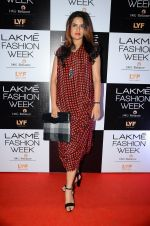 Sona Mohapatra at Lakme Fashion Week 2016 Day 2 on 25th Aug 2016 (126)_57c00b4685b59.JPG