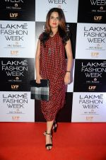 Sona Mohapatra at Lakme Fashion Week 2016 Day 2 on 25th Aug 2016 (127)_57c00b4b29201.JPG