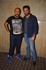 Vishal and Shekhar with The Vamps in Mumbai on 25th Aug 2016 (1)_57bff7e0e788b.JPG