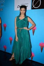 Daisy Shah at Lakme Fashion Week 2016 Day 3 on 26th Aug 2016