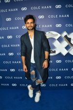 Karan Tacker at the launch of Cole Haan in India on 26th Aug 2016 (258)_57c17c6cd56d5.JPG