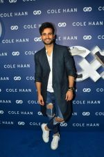 Karan Tacker at the launch of Cole Haan in India on 26th Aug 2016 (262)_57c17c80ea688.JPG
