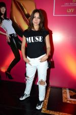 Kim Sharma at Lakme Fashion Week 2016 Day 3 on 26th Aug 2016 (47)_57c1915ee0d31.JPG