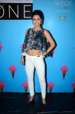 Madhurima Tuli at Lakme Fashion Week 2016 Day 3 on 26th Aug 2016
