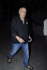 Mahesh Bhatt snapped at airport on 26th Aug 2016 (24)_57c101e5076da.JPG