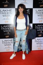Manasi Scott at Payal Singhal and Priyadarshini Rao Red Carpet at Lakme Fashion Week 2016 on 26th Aug 2016 (128)_57c184419462c.JPG