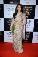 Perina Qureshi at Payal Singhal and Priyadarshini Rao Red Carpet at Lakme Fashion Week 2016 on 26th Aug 2016 (139)_57c184ffe5dc9.JPG