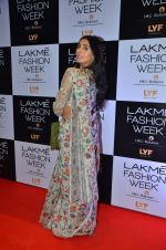 Perina Qureshi at Payal Singhal and Priyadarshini Rao Red Carpet at Lakme Fashion Week 2016 on 26th Aug 2016 (17)_57c184eb8b7ad.JPG