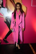 Sandhya Shetty at Lakme Fashion Week 2016 Day 3 on 26th Aug 2016 (40)_57c191af1ff62.JPG