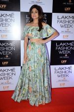 Shamita Shetty at Payal Singhal and Priyadarshini Rao Red Carpet at Lakme Fashion Week 2016 on 26th Aug 2016