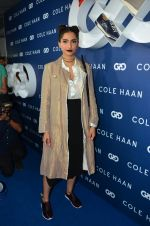 Sonam Kapoor at the launch of Cole Haan in India on 26th Aug 2016 (320)_57c17dfa3f8f1.JPG