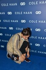 Sonam Kapoor at the launch of Cole Haan in India on 26th Aug 2016 (321)_57c17dfe0d8d2.JPG