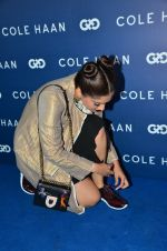 Sonam Kapoor at the launch of Cole Haan in India on 26th Aug 2016 (322)_57c17e0087269.JPG