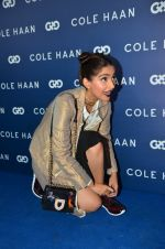Sonam Kapoor at the launch of Cole Haan in India on 26th Aug 2016 (325)_57c17e07d7e97.JPG