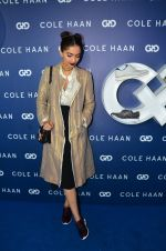 Sonam Kapoor at the launch of Cole Haan in India on 26th Aug 2016 (330)_57c17e1b4eeaf.JPG