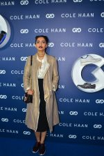 Sonam Kapoor at the launch of Cole Haan in India on 26th Aug 2016 (331)_57c17e20f320f.JPG
