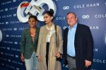 Sonam Kapoor at the launch of Cole Haan in India on 26th Aug 2016 (337)_57c17e36efc0e.JPG