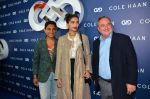Sonam Kapoor at the launch of Cole Haan in India on 26th Aug 2016 (338)_57c17e3914026.JPG