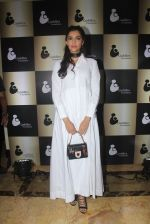 Sonam Kapoor endorses NGO Cuddle charity event on 26th Aug 2016 (109)_57c104ce69e47.JPG