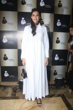 Sonam Kapoor endorses NGO Cuddle charity event on 26th Aug 2016 (89)_57c104a06373c.JPG