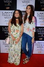 at Payal Singhal and Priyadarshini Rao Red Carpet at Lakme Fashion Week 2016 on 26th Aug 2016 (67)_57c183ee2dd1d.JPG