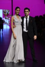 Amit Sadh walk the ramp for Shantanu and Nikhil Show at Lakme Fashion Week 2016 on 27th Aug 2016 (1223)_57c2c6e04737d.JPG