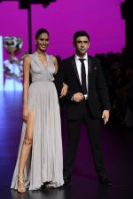 Amit Sadh walk the ramp for Shantanu and Nikhil Show at Lakme Fashion Week 2016 on 27th Aug 2016 (1233)_57c2c6f151586.JPG