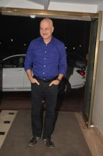 Anupam Kher at the Vamps bash hosted by Suchitra on 27th Aug 2016 (18)_57c2d6997e737.JPG