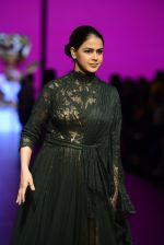 Genelia D Souza walk the ramp for Shantanu and Nikhil Show at Lakme Fashion Week 2016 on 27th Aug 2016 (1170)_57c2c716272f1.JPG