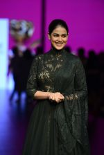 Genelia D Souza walk the ramp for Shantanu and Nikhil Show at Lakme Fashion Week 2016 on 27th Aug 2016 (1189)_57c2c75b32ef8.JPG