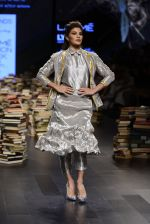 Jacqueline Fernandez walk the ramp for Rajesh Pratap Singh Show at Lakme Fashion Week 2016 on 27th Aug 2016 (28)_57c2db4e902fe.JPG