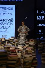 Jacqueline Fernandez walk the ramp for Rajesh Pratap Singh Show at Lakme Fashion Week 2016 on 27th Aug 2016 (9)_57c2db0062944.JPG