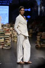 Model walk the ramp for Rajesh Pratap Singh Show at Lakme Fashion Week 2016 on 27th Aug 2016 (457)_57c2defaab399.JPG