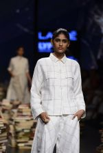 Model walk the ramp for Rajesh Pratap Singh Show at Lakme Fashion Week 2016 on 27th Aug 2016 (480)_57c2df25eafca.JPG