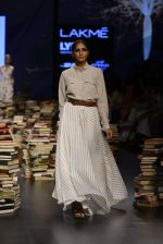 Model walk the ramp for Rajesh Pratap Singh Show at Lakme Fashion Week 2016 on 27th Aug 2016 (507)_57c2df5407bf3.JPG
