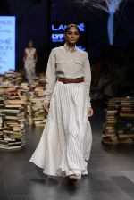 Model walk the ramp for Rajesh Pratap Singh Show at Lakme Fashion Week 2016 on 27th Aug 2016 (511)_57c2df5ce158b.JPG