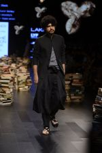 Model walk the ramp for Rajesh Pratap Singh Show at Lakme Fashion Week 2016 on 27th Aug 2016 (125)_57c2dbfbc5caf.JPG