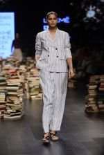 Model walk the ramp for Rajesh Pratap Singh Show at Lakme Fashion Week 2016 on 27th Aug 2016 (181)_57c2dcaab66f8.JPG