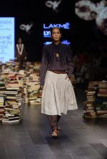 Model walk the ramp for Rajesh Pratap Singh Show at Lakme Fashion Week 2016 on 27th Aug 2016 (190)_57c2dcc05d139.JPG