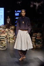 Model walk the ramp for Rajesh Pratap Singh Show at Lakme Fashion Week 2016 on 27th Aug 2016 (193)_57c2dcc6c3430.JPG