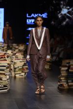 Model walk the ramp for Rajesh Pratap Singh Show at Lakme Fashion Week 2016 on 27th Aug 2016 (200)_57c2dcd427e5d.JPG