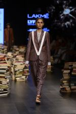 Model walk the ramp for Rajesh Pratap Singh Show at Lakme Fashion Week 2016 on 27th Aug 2016 (201)_57c2dcd572a39.JPG