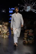 Model walk the ramp for Rajesh Pratap Singh Show at Lakme Fashion Week 2016 on 27th Aug 2016 (318)_57c2ddd46e77d.JPG