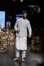 Model walk the ramp for Rajesh Pratap Singh Show at Lakme Fashion Week 2016 on 27th Aug 2016 (322)_57c2dddc66153.JPG
