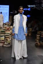 Model walk the ramp for Rajesh Pratap Singh Show at Lakme Fashion Week 2016 on 27th Aug 2016 (326)_57c2dde49421f.JPG