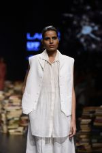 Model walk the ramp for Rajesh Pratap Singh Show at Lakme Fashion Week 2016 on 27th Aug 2016 (349)_57c2de1810db7.JPG